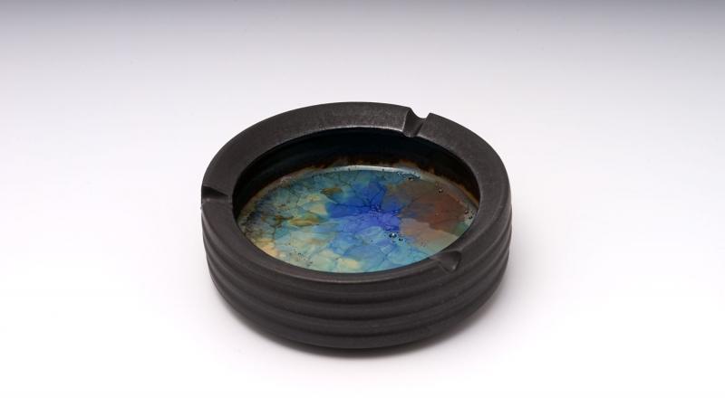 Aschenbecher; Farbe: Bunt